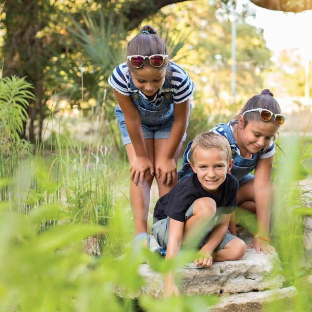 Activity-Cibolo Nature Center-Kids-at-Pond