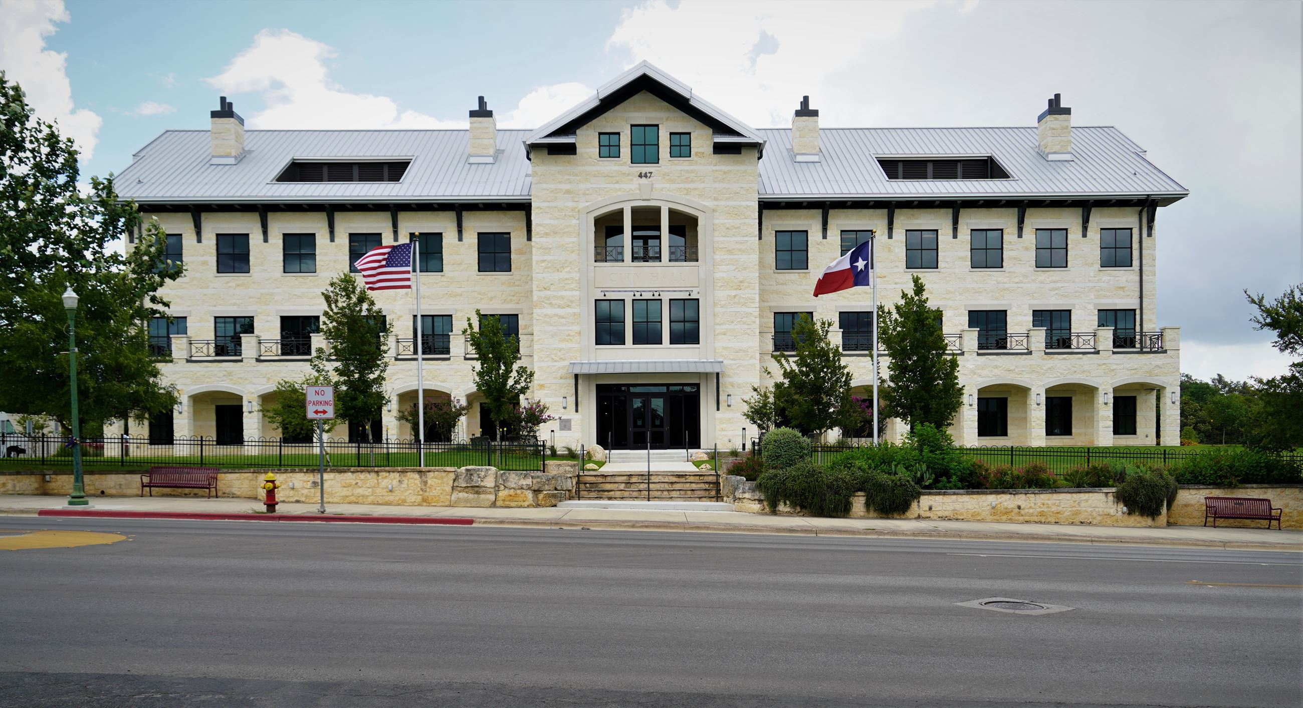 New Boerne City Hall exterior shot