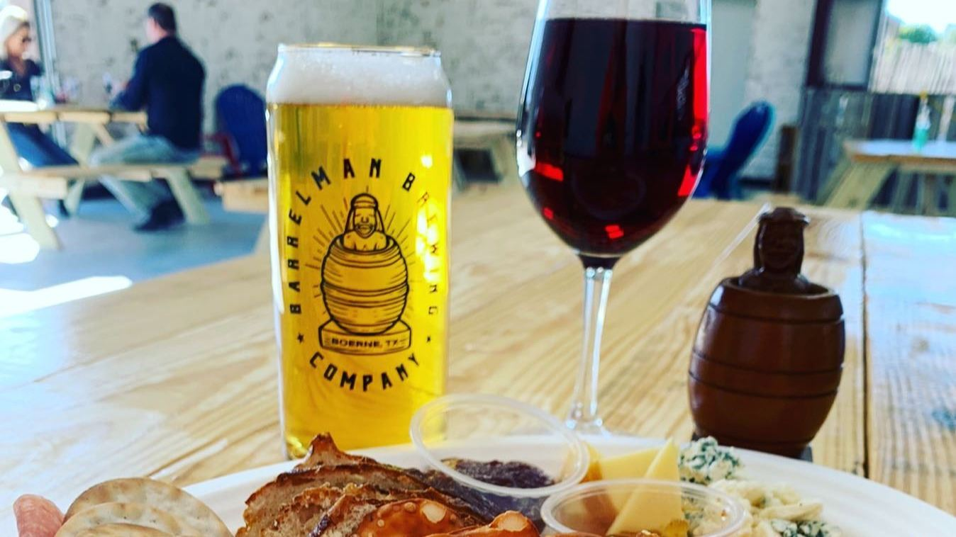 Barrelman Brewing Co. Charcuterie Board and Drinks